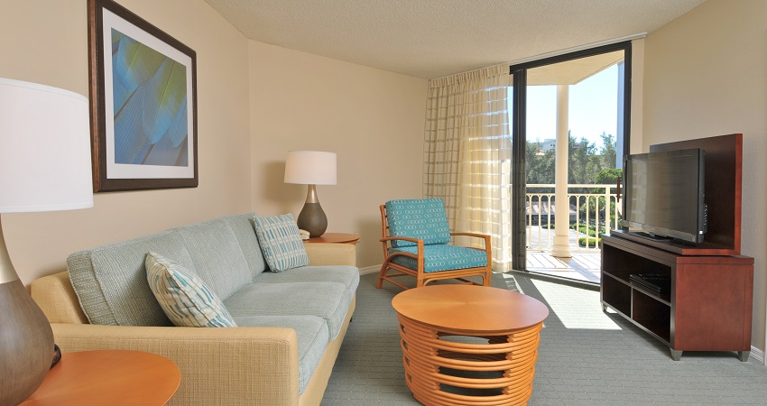 Veranda Beach Club of Longboat, penthouse second living room with view of the Gulf of Mexico